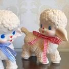 可愛日本vintage昭和小羊擺件娃娃膠皮復古白少女拍攝道具送絲帶 【99免運】