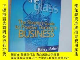 二手書博民逛書店Filling罕見the glass:The Skeptic s