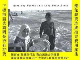 二手書博民逛書店Drinking罕見The Sea At GazaY256260 Amira Hass Owl Books,u