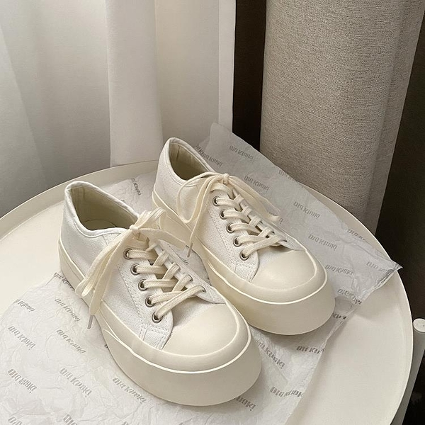 帆布鞋 女可愛日系風厚底百搭醜萌大頭低幫鞋ins潮復古圓頭小白鞋 【免運快出】
