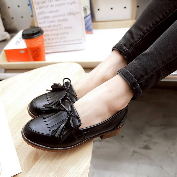牛津鞋 英倫風流蘇蝴蝶結單鞋女粗跟學生休閒小皮鞋大碼女鞋【韓國時尚週】