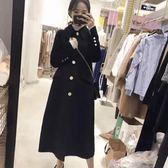 長版大衣風衣赫本風毛呢大衣女娃娃領迷你呢子中長版過膝修身黑色森系毛呢外套推薦