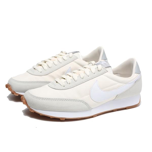 NIKE 慢跑鞋 W DAYBREAK SP 米白 麂皮 焦糖底 復古 女 (布魯克林) CK2351-101