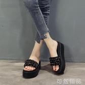 時尚串珠水鑚鬆糕跟一字拖春夏防滑厚底涼拖鞋顯瘦增高外穿女 可然精品