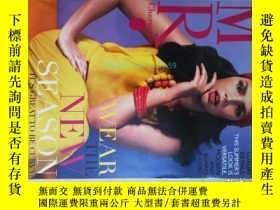 二手書博民逛書店MR罕見Characters (magazine) 2012 女性服裝服飾時尚原版外文雜誌Y14610