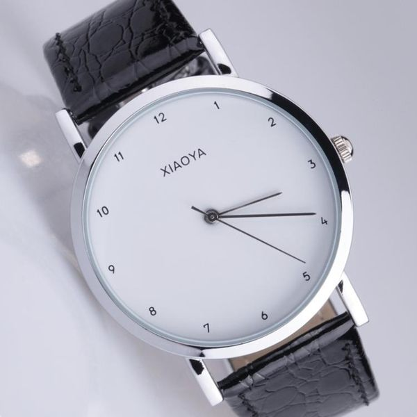 手錶:韓版皮帶超薄男錶復古簡約