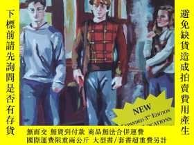二手書博民逛書店英文原版書罕見Harry Potter on Location: An Unofficial Review and