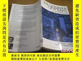 二手書博民逛書店THE罕見GEOGRAPHY OF POVERTY IN THE