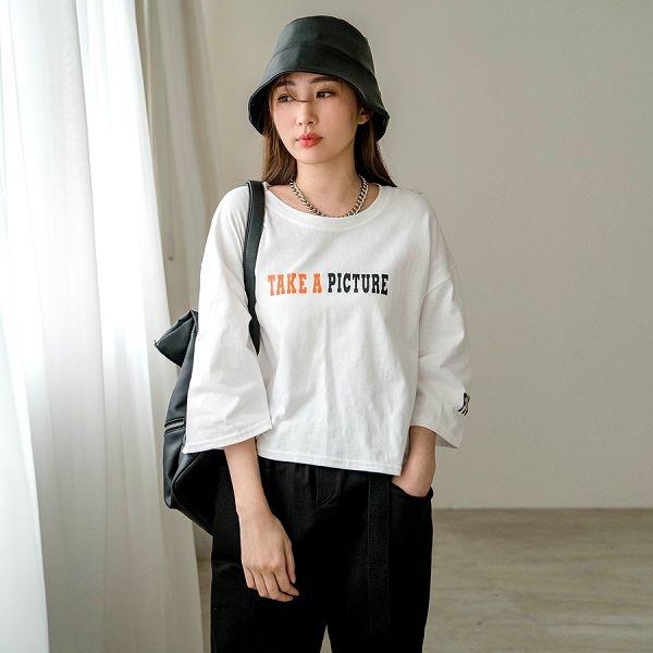 MIUSTAR 正韓-配色膠印五分袖短版棉質上衣(共3色)【NJ0771RX】預購