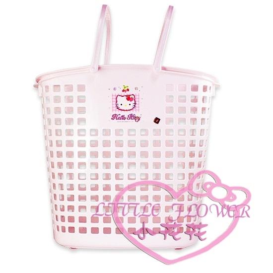 ♥小花花日本精品♥Hello Kitty 凱蒂貓格子草莓滾輪浴室置物籃收納籃洗衣籃大 56720709