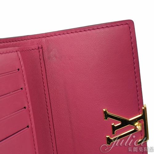 茱麗葉精品 二手精品【9.5成新】Louis Vuitton LV M62157 Capucine 經典LOGO飾扣中短夾.黑