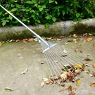 樹葉耙鋼絲耙子摟草耙子摟樹葉耙 伸縮桿枯葉枯草坪耙 草耙鐵耙子 樂活生活館