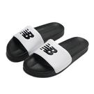 NEW BALANCE 拖鞋 黑白 大LOGO 皮質 一片式 運動 休閒 男女 (布魯克林) SD1101GBW