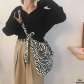 斑馬紋燈芯絨斜挎包女動物大容量單肩帆布袋托特包【創世紀生活館】