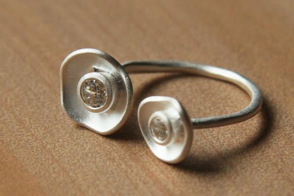 鋯石+925銀 罌粟花戒指,DeeDee Jewellery 4月誕生石、生日石,生日禮物、聖誕節禮物