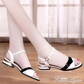 足意爾康涼鞋女低跟平底2021年新款夏季時裝中跟粗跟夏天女鞋 范思蓮恩