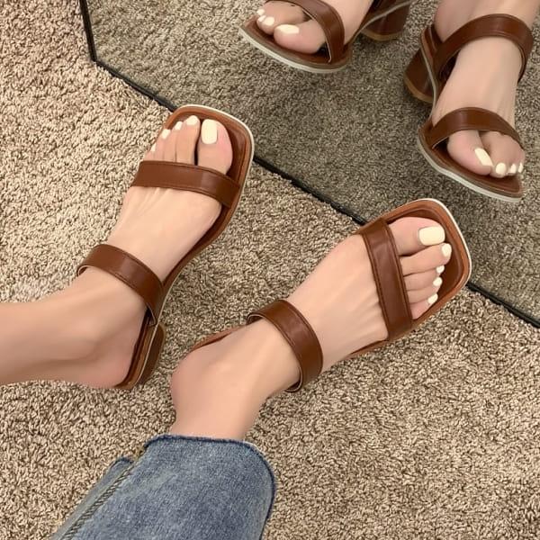 拖鞋.法式極簡俐落雙系帶方頭低跟拖鞋.白鳥麗子
