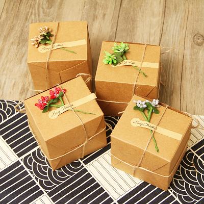 創意 禮物包裝 牛皮紙盒 禮盒包裝 聖誕節 交換禮物 主題 聖誕裝飾 緞帶花 套組