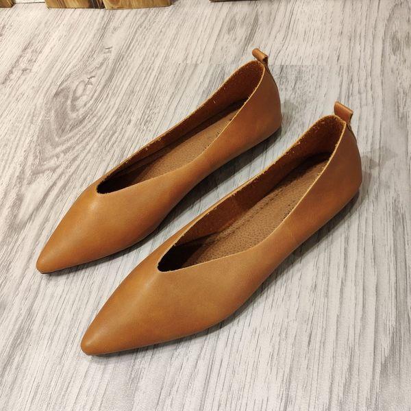 大尺碼女鞋小尺碼女鞋尖頭真皮素面V口巫婆鞋平底鞋娃娃鞋包鞋黑色棕色白色(30-4344)#七日旅行