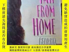 二手書博民逛書店英文原版罕見Far from Home by Georgia B