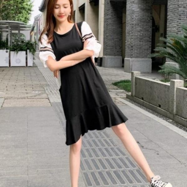 漂亮小媽咪 拚色寬袖魚尾洋裝 【D7121】 荷葉 短袖 蝙蝠袖 哺乳 孕婦裝 洋裝 魚尾裙 連身裙