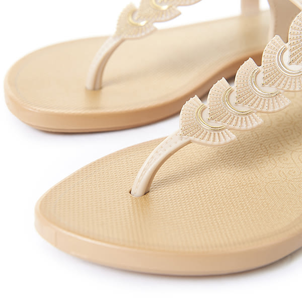 GRENDHA 東洋風情平底涼鞋-米白