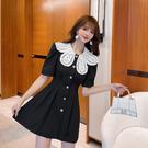 VK精品服飾 韓國風名媛氣質花朵領褶皺收腰單排釦短袖洋裝