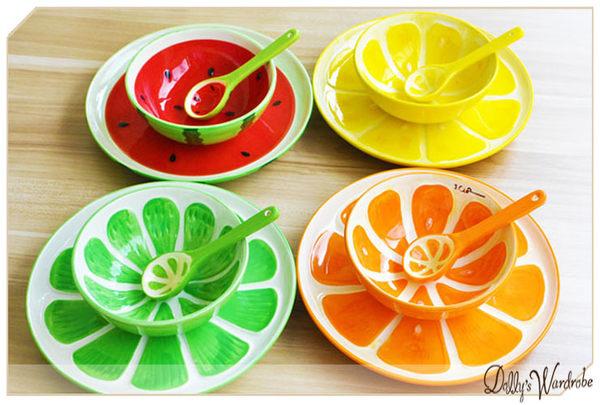 ☆Dolly生活館*╮清新陶瓷釉下彩手繪浮雕水果飯碗+勺子+盤子3件餐具套裝/水果餐碗 20884
