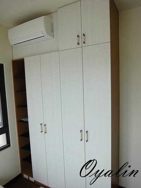 【歐雅系統家具設計】系統衣櫃 德國進口E1V313 量身訂做 系統廚具 系統櫃 進口五金 系統傢俱