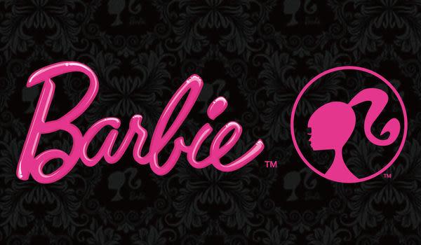 【Barbie】變妝時尚-緹花雙人床包被套四件組《Closet》