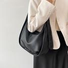 斜挎包 大容量包包女2021新款潮高級感洋氣女包秋冬質感百搭單肩斜挎大包