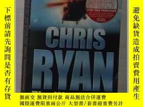 二手書博民逛書店英文原版《罕見The Watchman 》Chris Ryan