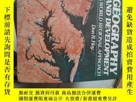 二手書博民逛書店geography罕見and development a wor