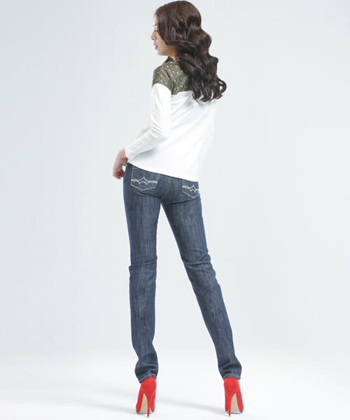 BOBSON  女款緹織布寬版上衣(33097-02)