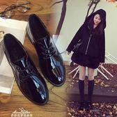 現貨出清英倫學院風粗跟小皮鞋漆皮繫帶復古牛津鞋尖頭黑色女單鞋