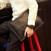 萬聖節狂歡   2018新款手拿包 男士鱷魚紋手包 單肩斜跨包手抓包信封包文件包潮   mandyc衣間