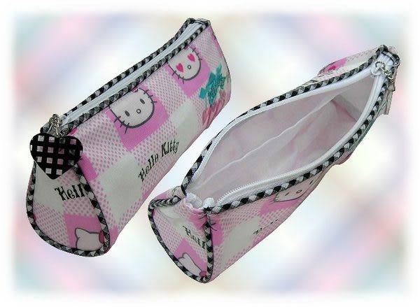 【波克貓哈日網】Hello Kitty 凱蒂貓◇筆袋萬用包◇《櫻桃粉格紋》
