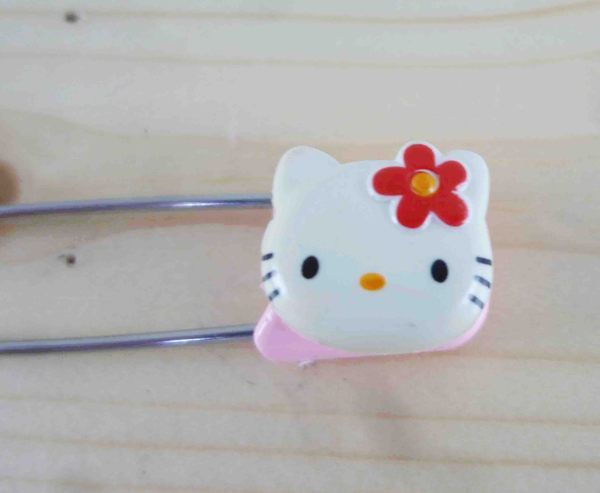 【震撼精品百貨】Hello Kitty 凱蒂貓~KITTY安全別針-大頭造型