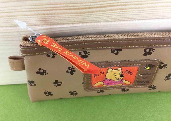 【震撼精品百貨】Winnie the Pooh 小熊維尼~造型收納包/筆袋-蜜蜂