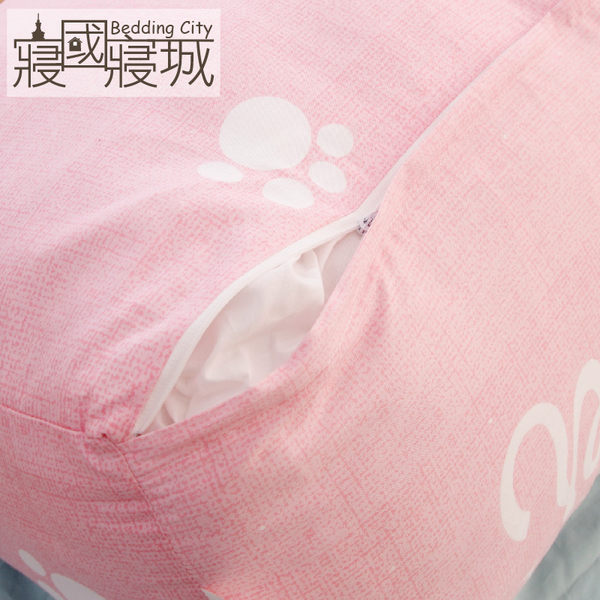抬腳枕 抬腿枕 三角枕 靠背枕 精梳純綿【粉紅兔】台灣製造 A級空心棉