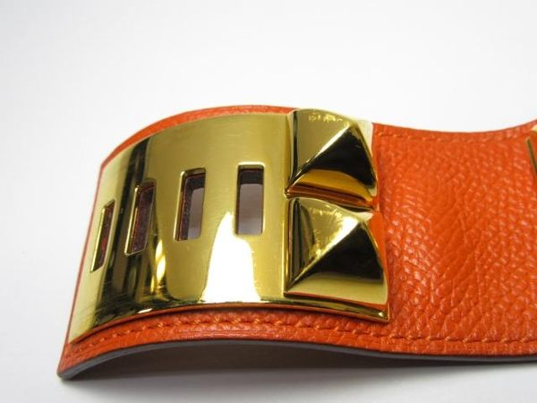 HERMES 愛馬仕 橘色金釦寬版鉚釘手環 CDC R刻 S號 Epsom 【BRAND OFF】