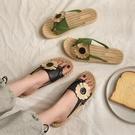 人字拖鞋女外穿2020新款夏季百搭韓版平底防滑花朵夾腳趾網紅涼拖 黛尼時尚精品