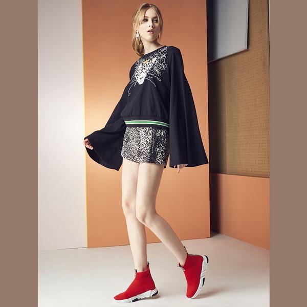 2017秋冬_Keeley Ann歐美時尚~織帶造型針織彈性布真皮軟墊平底襪靴(紅色) -Ann系列