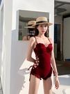 新款連身泳衣女性感酒紅色學生保守小胸聚攏溫泉泡澡服 格蘭小鋪