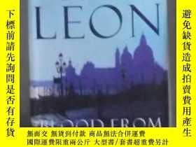二手書博民逛書店英文原版罕見Blood from a Stone by Donn
