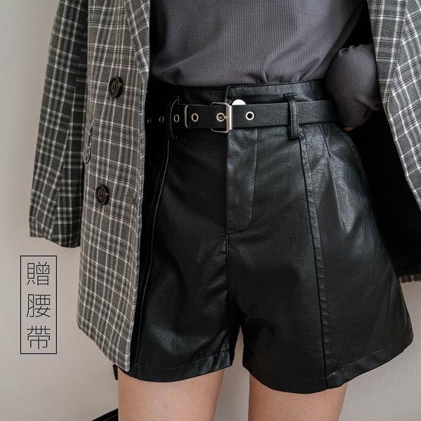 現貨-MIUSTAR 附腰帶!壓褶車線質感皮質短褲(共3色,S-XL)【NH2882】
