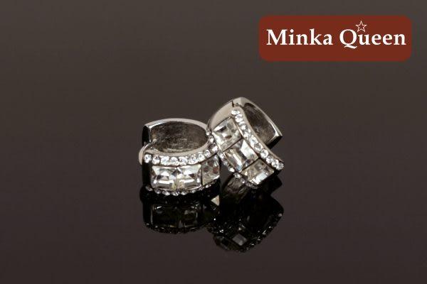 德國鈦鋼 白色三排滿鑽造型 精緻水鑽、鋯石抗敏易扣耳環(一對)(15 mm)