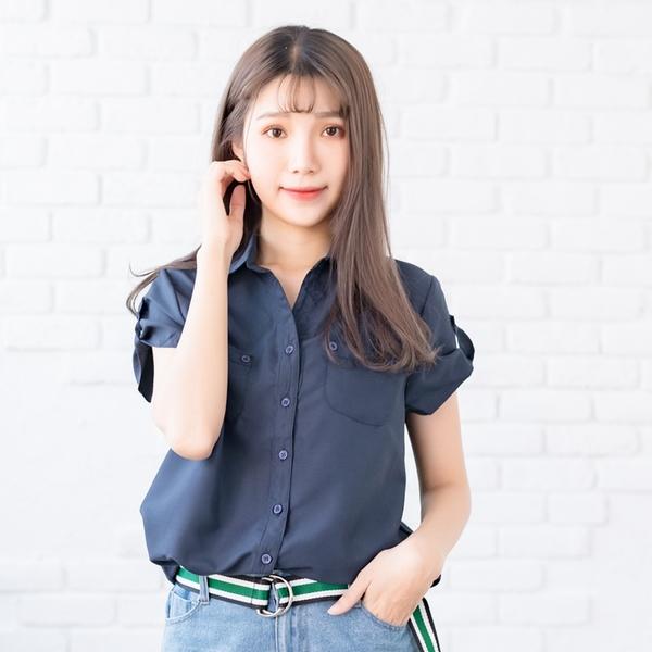 氣質襯衫--優雅迷人抓皺飾帶下襬雙口袋長版短袖襯衫(白.黑.粉.藍S-2L)-H99眼圈熊中大尺碼