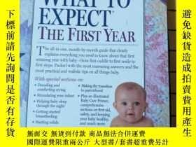 二手書博民逛書店WHAT罕見TO EXPECT THE FIRST YEAR(英