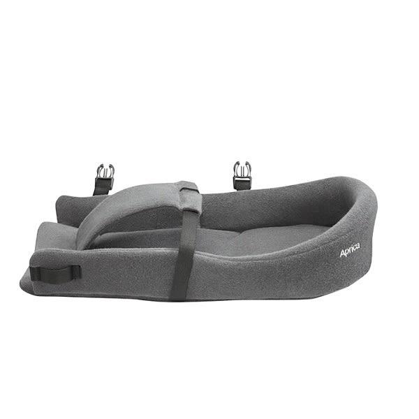 愛普力卡 Aprica 新生兒專用保護墊(搭配COLANHUG揹巾/ 背巾使用) 礦石灰